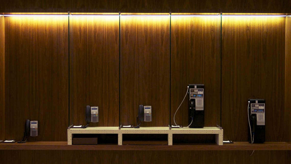 Aria Hotel and Convention Center: Telephone Stands 3