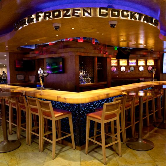 Chill'm Bar, Tropicana Hotel