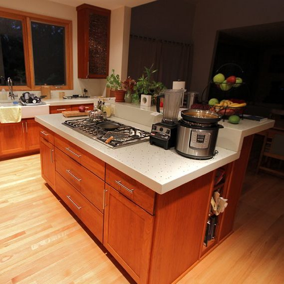 Private Residence: Kitchen Countertop