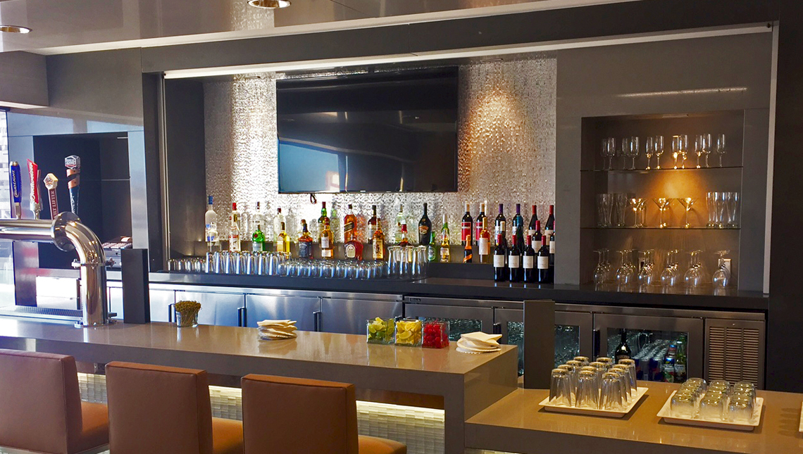 American Airlines, Admirals Clubs 4