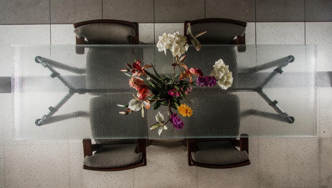 Jali Swarm: Low-Iron Glass Tabletop 1