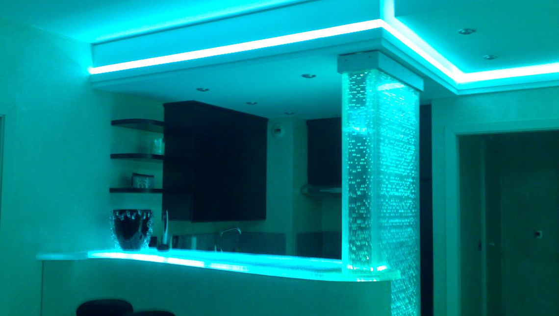 Private Residence Lumina™ counter and column cover 1