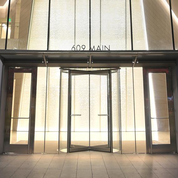 609 Main