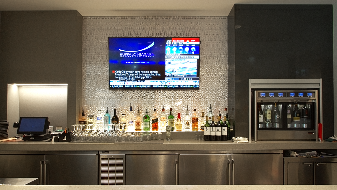 American Airlines, Admirals Clubs 1