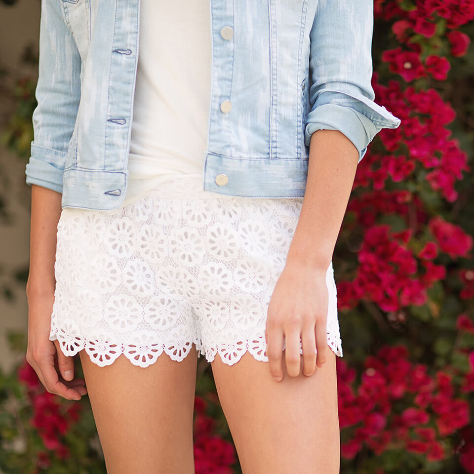 5 Ways To Style Your Summer Outfits With Shorts