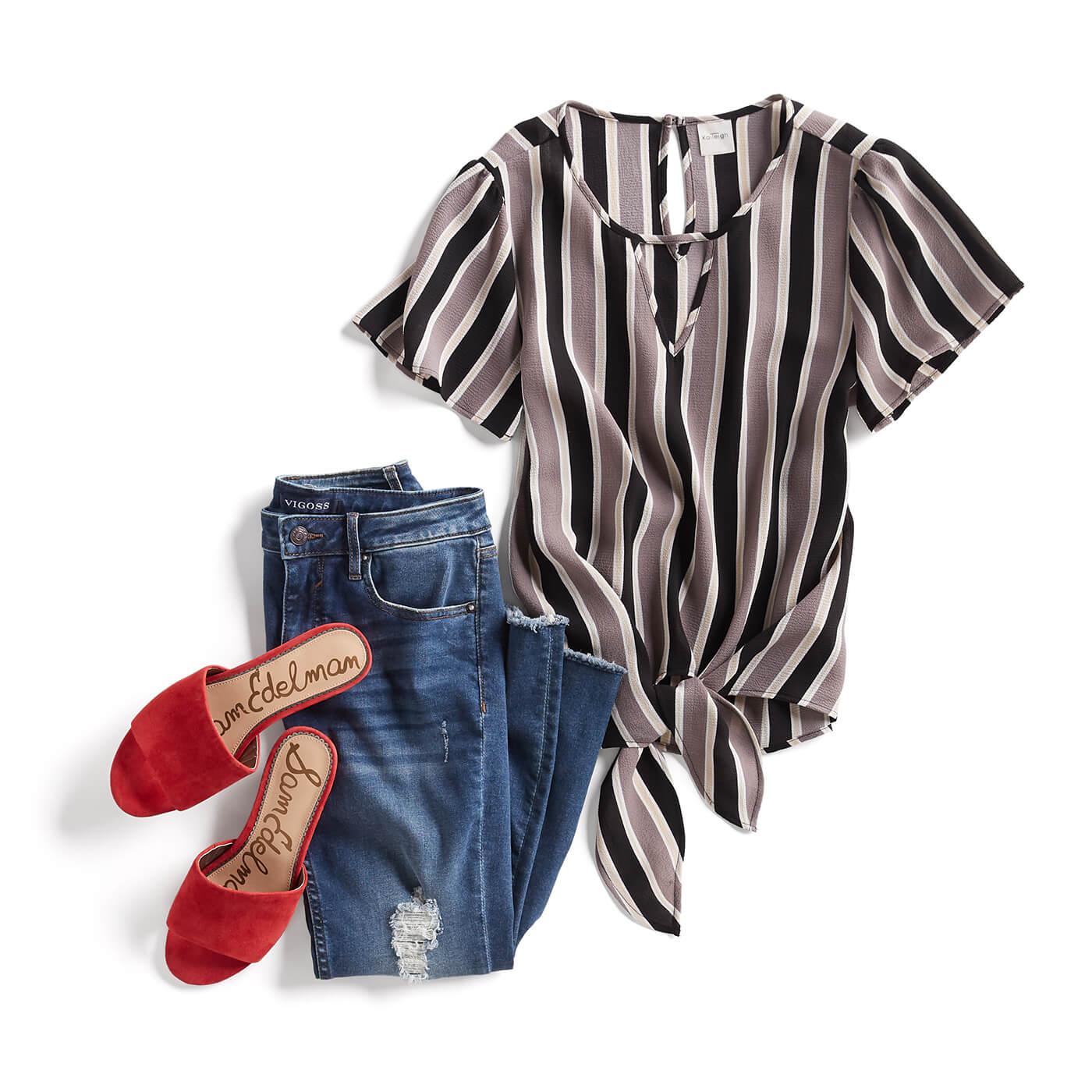 3c777c86ecbea How to Dress a Short Torso   Long Legs