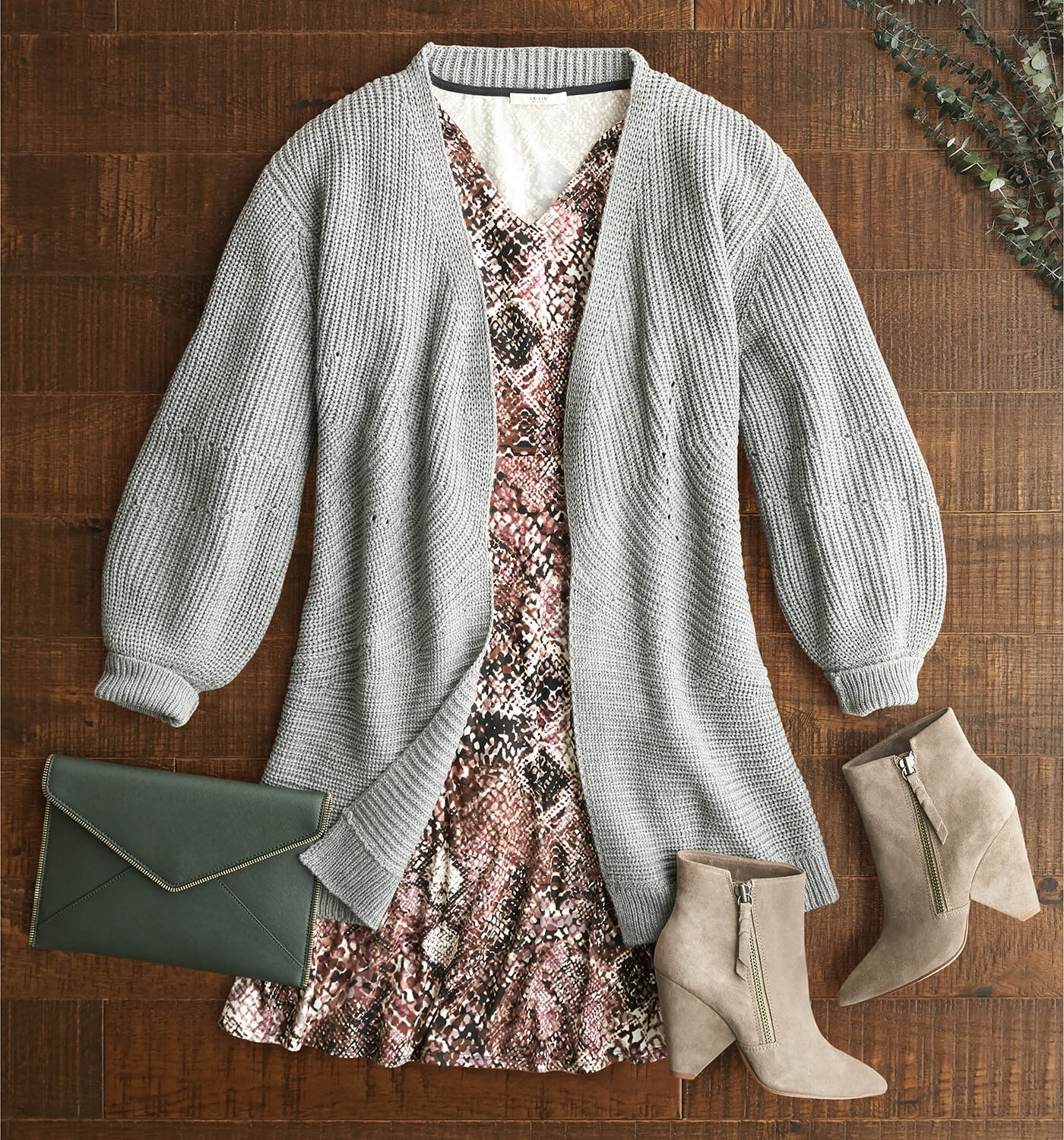 W_BLG_WhatToWearForThanksgiving6