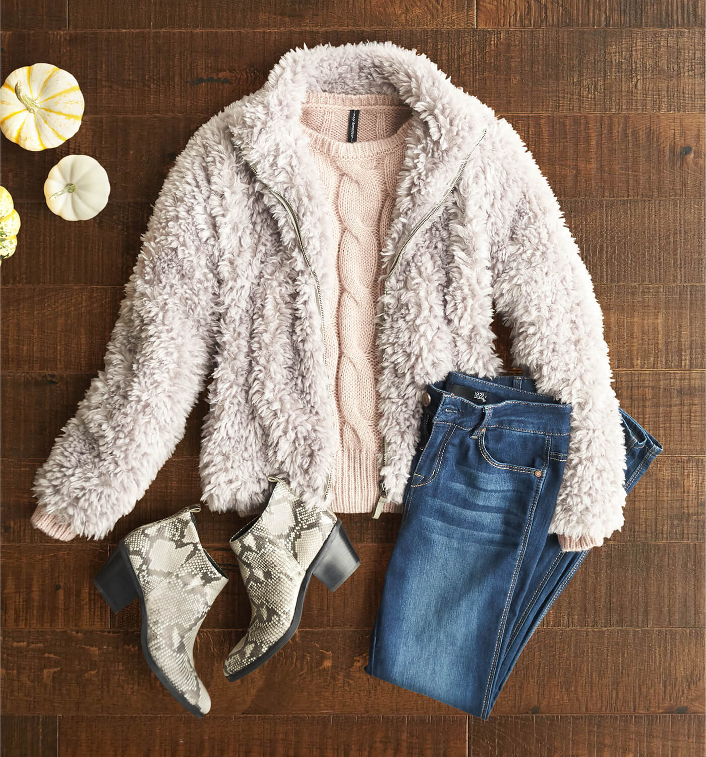 W_BLG_WhatToWearForThanksgiving10