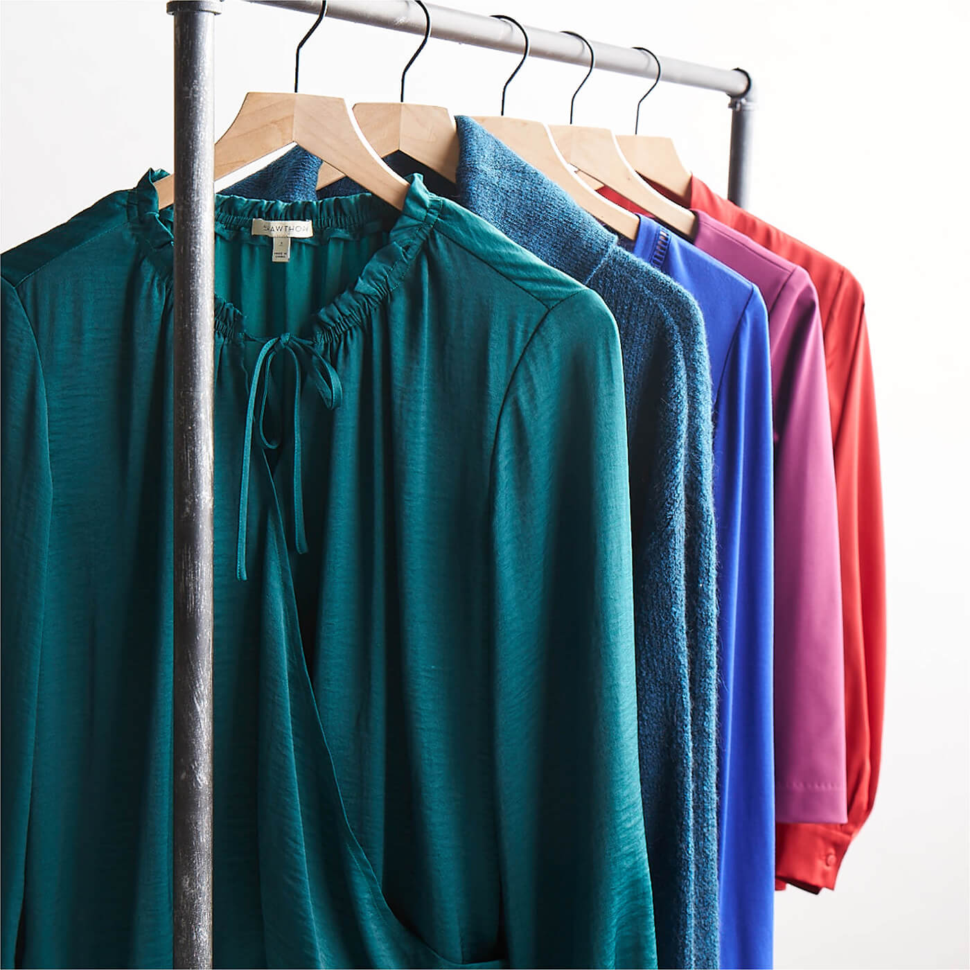The ultimate guide to jewel tones stitch fix style - What are jewel tones ...
