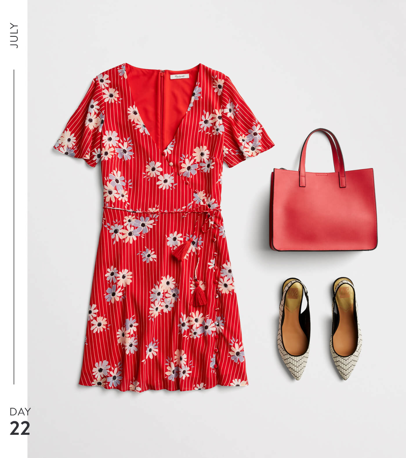 T3_W19_BLG_July-Month-of-Outfits-_357260432_22