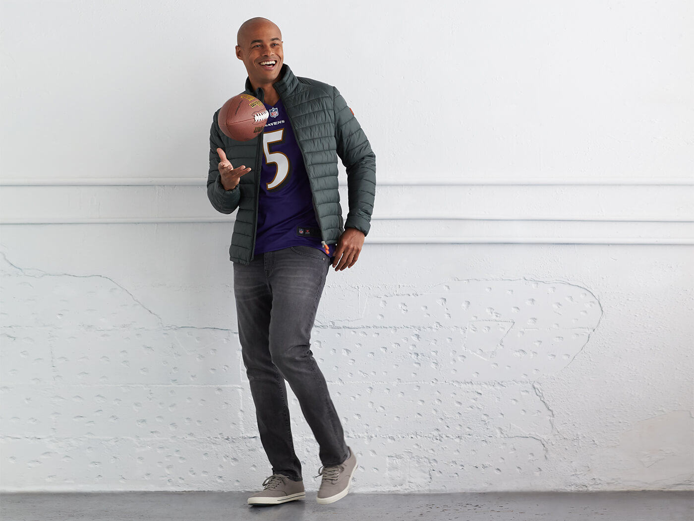 The Football Jersey Style Playbook | Stitch Fix Men