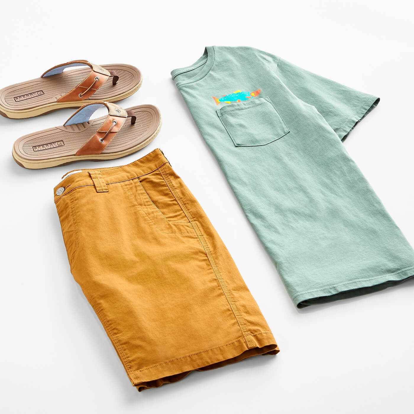 men's t-shirt, shorts and sandals