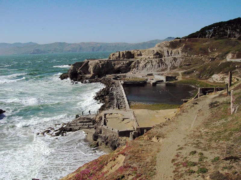 Sutro_baths_pic2.jpg