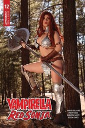 Vampirella / Red Sonja #12 Cover D Nova Cosplay