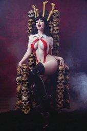 Vampirella #7 1:25 Cosplay Virign Cover
