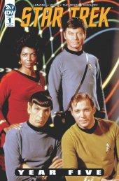 Star Trek: Year Five #1 2019 Diamond Retailer Summit Exclusive Photo Variant