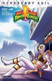 Mighty Morphin Power Rangers #40 Socal Games and Comics Exclusive Amelia Vidal Variant