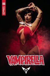 Vampirella #6 Cover E Cosplay