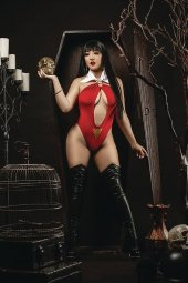 Vengeance of Vampirella #9 1:20 Ramirez Cosplay Virgin I