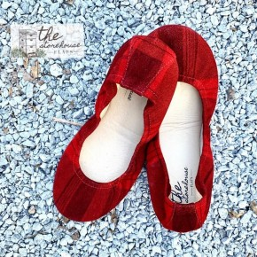 The Storehouse Flats - Christmas Classic Plaid *Pre-Order*