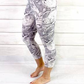 Grey Marble Capri Compression Leggings