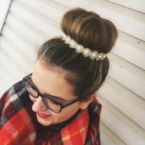 Dainty Gold Pearl Headband