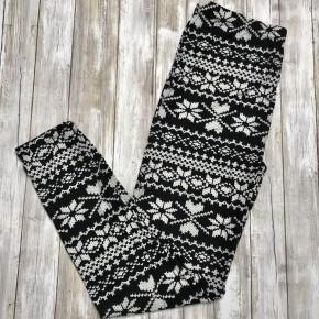 Black and White Snowflake Leggings