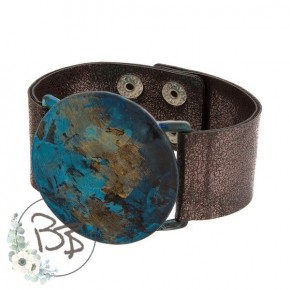 Snap leather bracelet with turquoise stone
