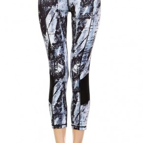 Brush Strokes Print Capri Leggings with Slanted Mesh Window