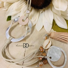 Long Metal Shell Necklace