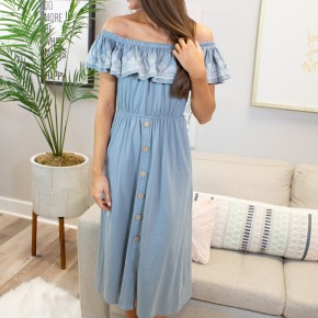 Off the Shoulder Embroidery Maxi Dress
