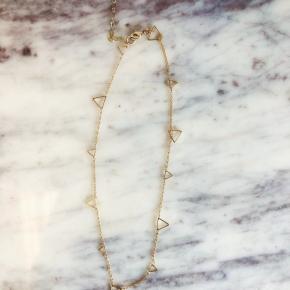 Love, Poppy Triangle Dainty Necklace