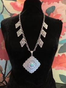 Silver CONCHO Necklace - Super Cute
