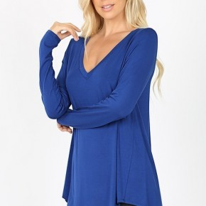 Luxe Rayon Long Sleeved V-Neck Dolphin Hem Top