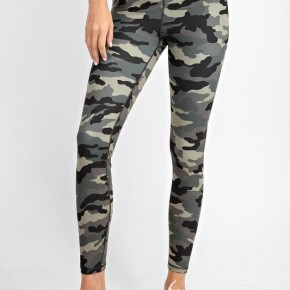 Camo Yoga Leggings in Olive