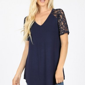 Luxe Rayon Lace Short Sleee V-Neck Dolphin Hem Top in Navy