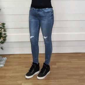 Jillian Knee Distressed Skinny 82124