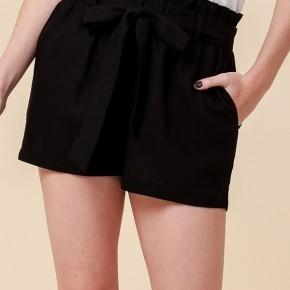Simple Paperbag Highwaist Shorts in Black