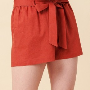 Simple Paperbag Highwaist Shorts in Rust