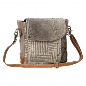 Edge Flap Shoulder Bag