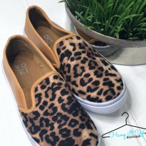 Walk this Way Leopard Flats