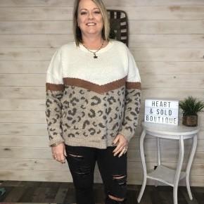 Easel Rust/Leopard Sweater