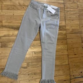 Just Black Crop Skinny Jean with Fringe