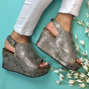 Wild Ways Wedge Pewter