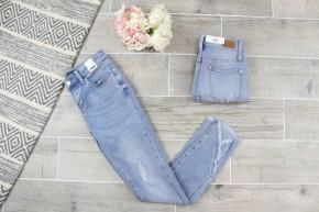 Tulip Hem Light  Wash Jeans