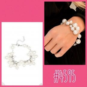 Girls In Pearls - White Bracelet