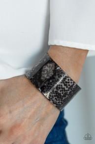 Vogue Revamp - Black Acrylic Cuff Bracelet