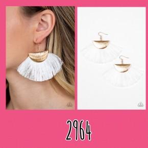 Fox Trap - White/Gold Fringe Earrings
