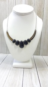A BULL House - Black Necklace
