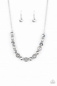 Metro Majestic - Silver Necklace